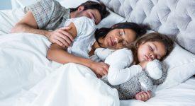 dormire-in-camera-con-mamma-e-papa