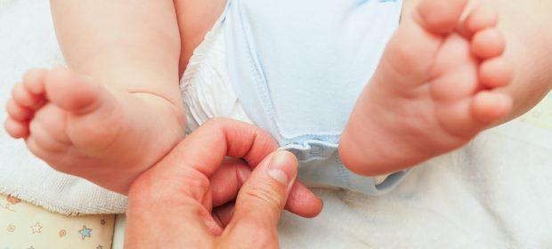 cambio-pannolino-serve-il-consenso-del-bebe