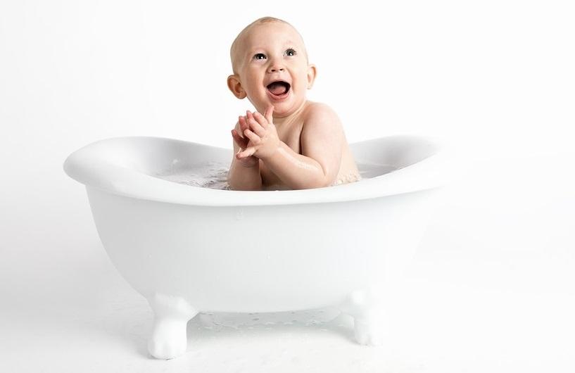 abitudini-inutili-igiene-del-neonato
