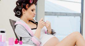 in-gravidanza-si-puo-fare-la-tinta-ecco-alcuni-consigli