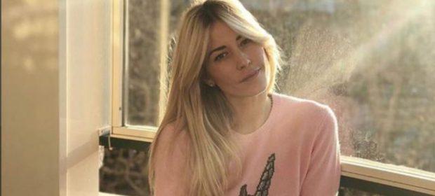 la battaglia di Elena Santarelli: Instagram e il sostegno dei vip