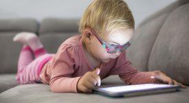 no-allo-smartphone-prima-dei-due-anni-ecco-cosa-dicono-i-pediatri