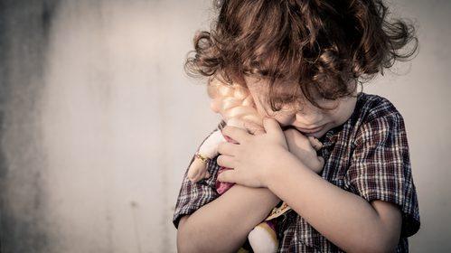 mamma-denunciata-per-abbandono-lascia-il-figlio-dal-vicino-senza-tornare-a-prenderlo