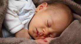 terni-neonato-trovato-morto-accanto-a-un-cassonetto-si-cercano-i-responsabili