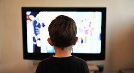 allarme-i-bambini-guardano-la-tv-gia-a-18-mesi