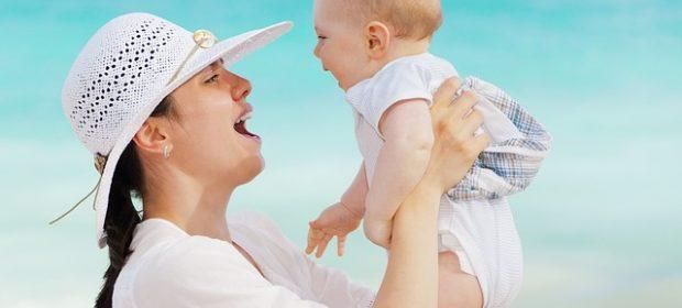 limportanza-di-parlare-tanto-col-bebe-una-ricerca-mostra-come-a-scuola-otterra-risultati-migliori