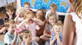 la-francia-ha-deciso-lobbligo-scolastico-per-i-bambini-di-3-anni