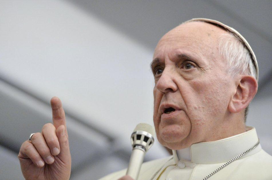 aborto-duro-attacco-del-papa