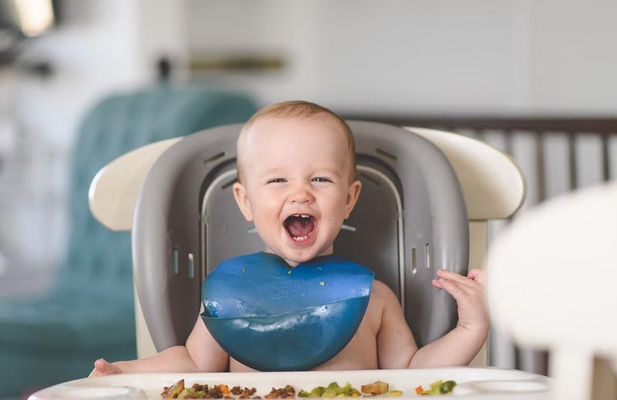 rifiuto-bambino-alimenti-solidi-svezzamento