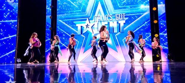 la-danza-in-fascia-arriva-sul-palco-di-italias-got-talent-mamme-e-bambini-conquistano-il-pubblico