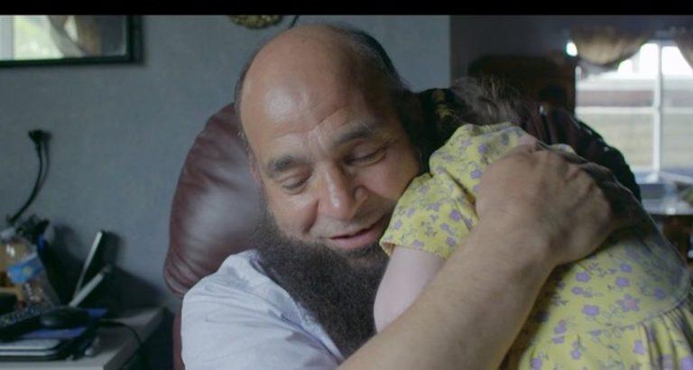mohamed-il-papa-coraggio-che-adotta-i-bambini-malati-terminali