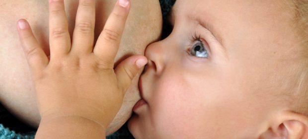 latte-materno-la-protezione-contro-le-malattie-continua-anche-dopo-la-fine-dellallattamento