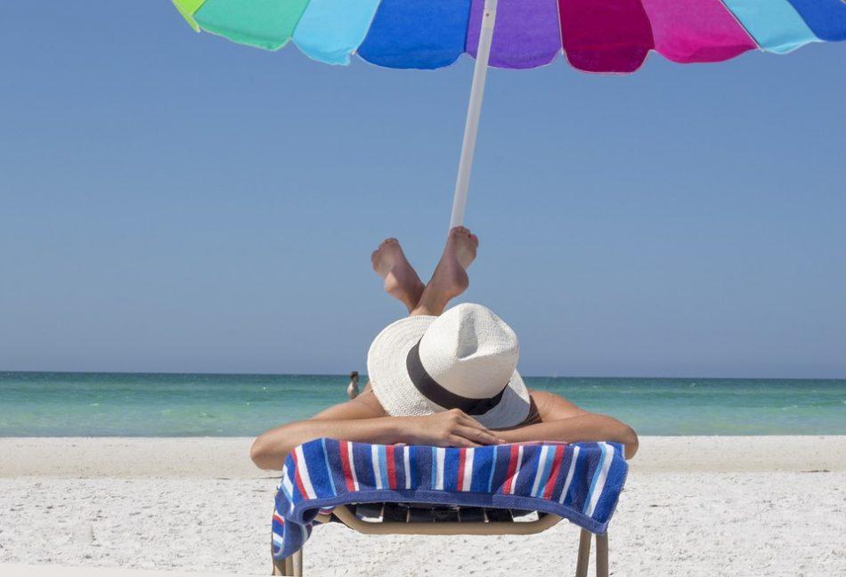 veneto-ombrelloni-gratis-in-spiaggia-per-le-neomamme