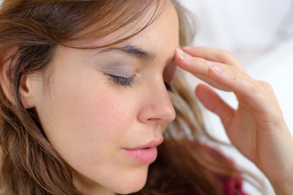 Mal di testa in allattamento: come affrontarlo con farmaci..