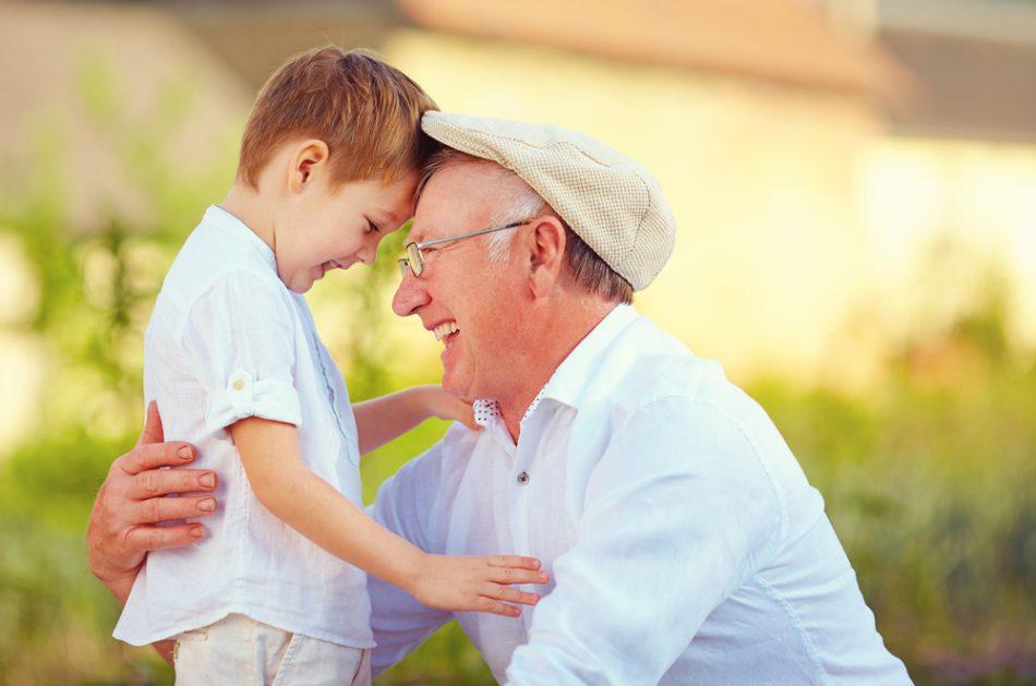 limportanza-della-figura-dei-nonni-e-se-percepissero-uno-stipendio