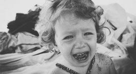bambini-e-spasmi-affettivi-quali-sono-le-cause-e-come-devono-comportarsi-i-genitori