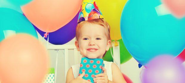 i-troppi-regali-e-i-nostri-bambini-li-staremo-viziando-troppo-forse