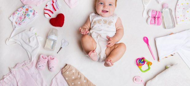la-famiglia-e-in-difficolta-economiche,-l'intero-comune-adotta-una-neonata