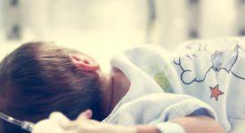 bologna-esportato-un-tumore-a-un-neonato-con-il-cordone-ombelicale-ancora-attaccato