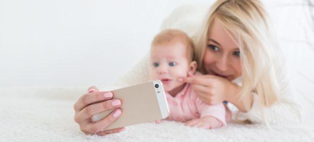 sempre-piu-foto-dei-bambini-sui-social:-e-giusto?