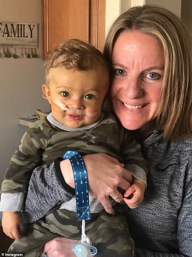neonato-ha-urgente-bisogno-di-un-trapianto-la-generosita-dellinfermiera