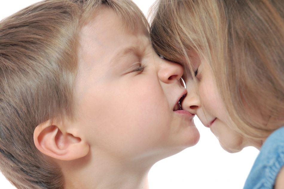 se-il-bambino-morde-come-comportarsi