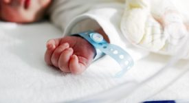 coronavirus-e-partorienti-la-testimonianza-di-due-genitori)