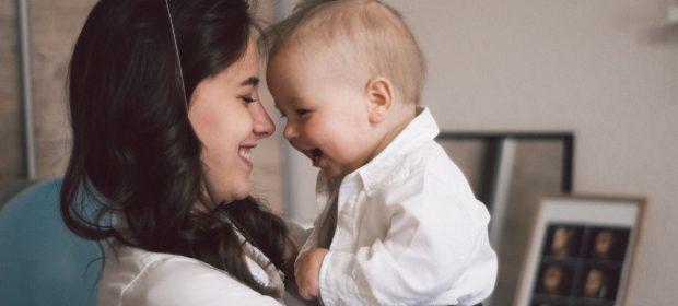 la-magia-del-legame-madre-figlio-lesperimento-still-face