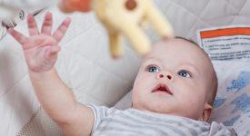 l'importanza-della-stimolazione-visiva-nel-neonato