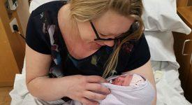 infermiera-non-sapeva-di-essere-incinta-e-partorisce-in-casa