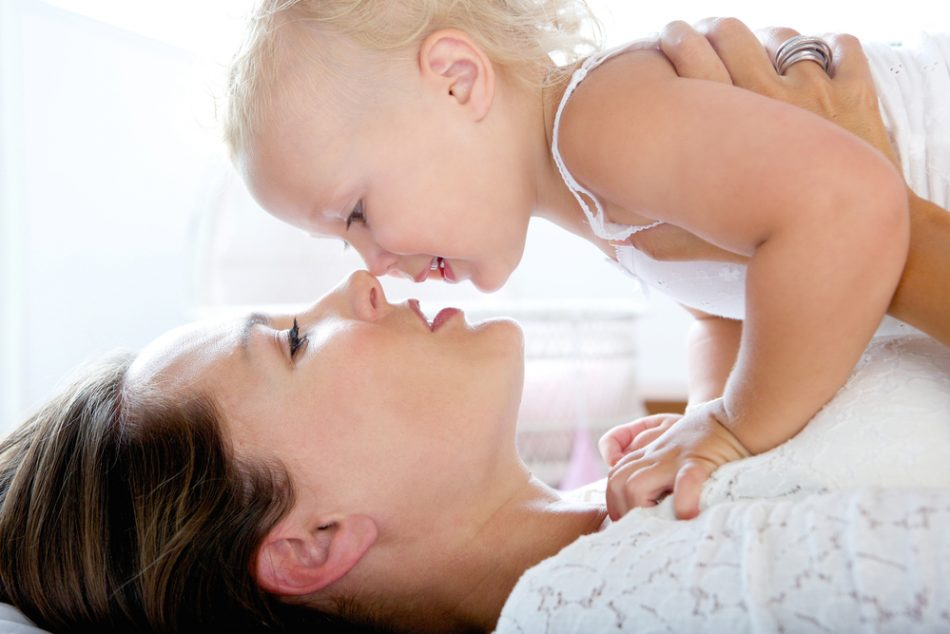 baciare-sulla-bocca-mamma-e-papa