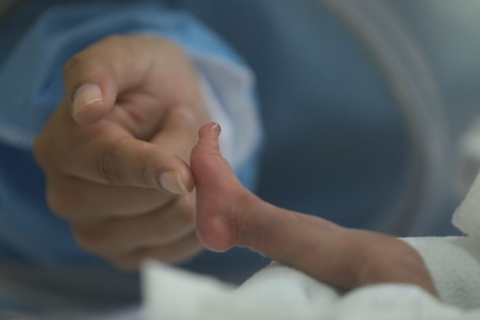 nato-prematuro-sconfigge-anche-il-coronavirus