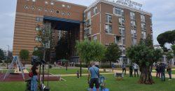 bari-lospedale-pediatrico-accoglie-i-bambini-con-un-parco-giochi