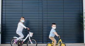 distanziamento-sociale-tra-i-bambini-calo-di-patologie-infettive-e-respiratorie